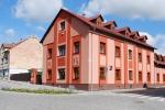 Hotel-Kacov-budova